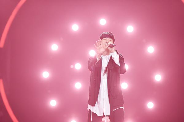 """《梦想的声音2》新年首播林俊杰大秀独门舞技 林志炫""""鸡尾酒唱法""""讨教JJ"""