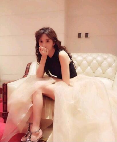 林志玲致歉粉丝 穿高跟鞋撇清怀孕谣言!