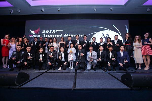 hmv数码中国集团周年晚宴       张智霖领唱《无言感激》星光灿烂