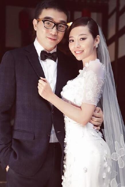 张靓颖冯珂被曝离婚 两人去年十月已分居!