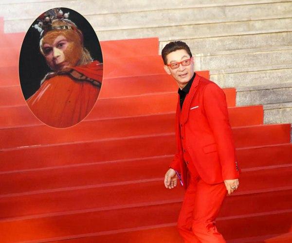 """北影节《财迷》剧组抢镜 开幕红毯惊现""""西游回忆杀"""""""