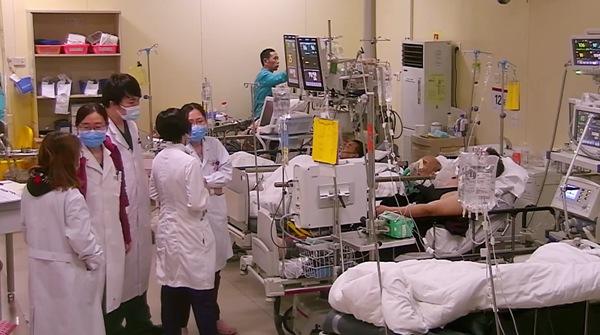 """十天不眠不休!中年""""过劳奋斗""""引健康危机,湖南卫视《生机无限》剖析社会热点引关注"""