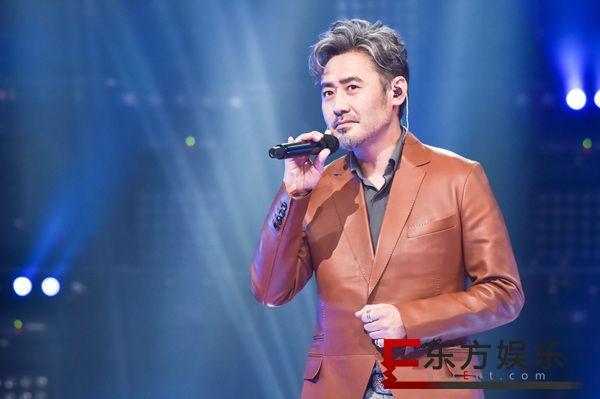 吴秀波开唱情歌《割心》 获网友集体表白上热搜