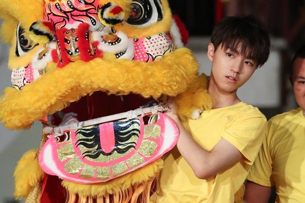 """《高能》王俊凯挑战舞狮,""""功夫少年""""宋威龙加盟"""