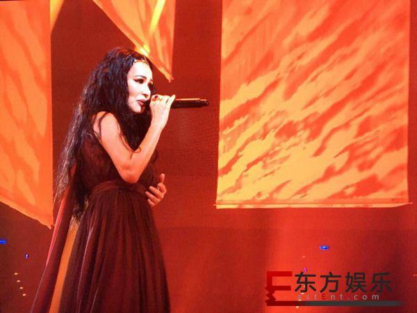 潘越云齐豫《回声》演唱会纪念三毛 完美重现昔日经典