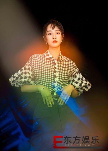 蓝盈莹《欢乐英雄》担任女主角   首挑喜剧类型展快意江湖