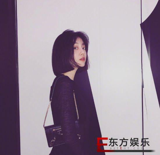 李溪芮解约嘉行 成杨幂签约小花中第一个出走艺人!