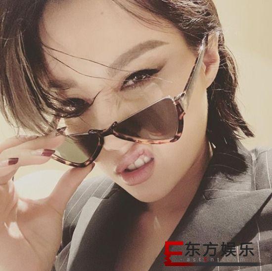 A-Lin唱完15场世界巡演 获Esquire年度女歌手殊荣