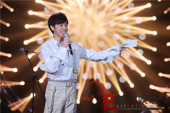 吴青峰《歌手》2019第三期再获高排名 深情诠释《起风了》获不俗反响