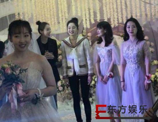 娜扎接到新娘捧花 婚礼现场载歌载舞送祝福!