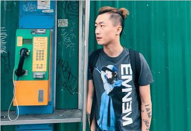 """张然聍《我用尽了所有力气去爱你》MV发布 旅行日记寻""""爱""""痕迹"""
