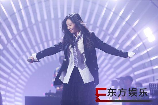 刘美麟首登《中歌会》大胆献唱原创改编歌曲《有一个姑娘》