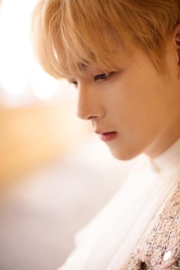 王喆首支单曲<觅>同名MV梦幻上线 开启西班牙寻觅之旅