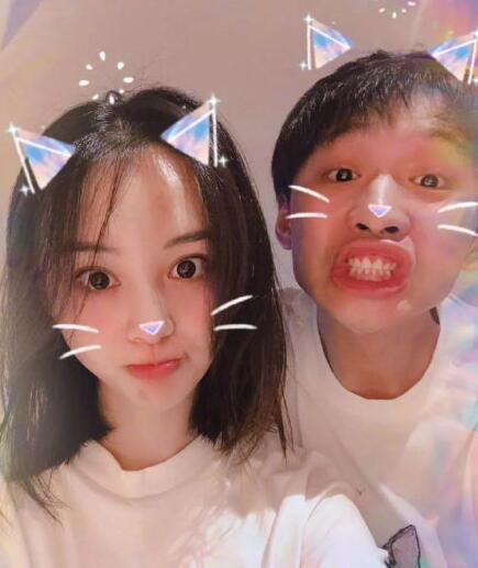 郑爽斥责网络暴力 男朋友张恒发律师声明
