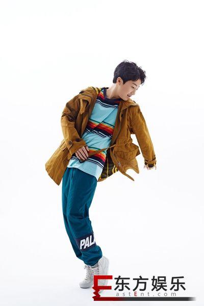 """《变形计》城市主人公鲍嘉诚最新时尚写真 """"街舞少年""""非他莫属"""