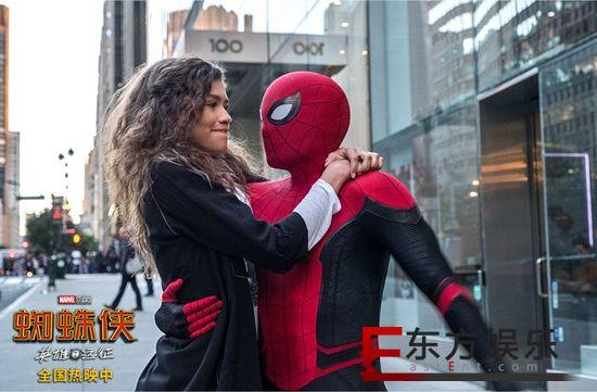 """《蜘蛛侠:英雄远征》票房打破多项纪录 观众齐声称赞""""年度最佳"""""""