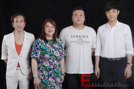 """电影《利刃破冰》主创集结拍摄海报 年度""""缉毒大片""""静候佳音"""