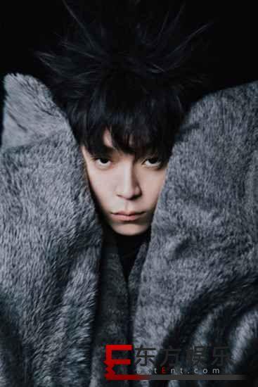 """专辑《太空人》12首歌名不私藏全公开 粉丝网友们拼出12宫格""""宝藏男孩""""拼图"""