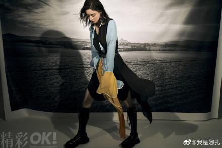 娜扎黑色马丁长靴气场两米八 演绎不一样的美!
