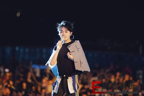吴青峰压轴新北市贡寮国际海洋音乐祭  首张全新创作专辑《太空人》发行在即