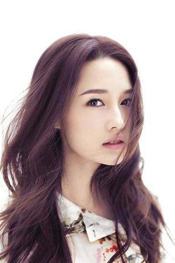 李沁是重点培养的闺门旦苗子 李沁方辟谣为上海户口学昆曲