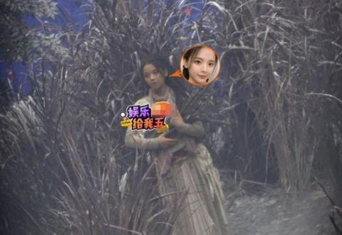 杨超越乞丐造型曝光 破衣褴褛难掩其清丽容颜!