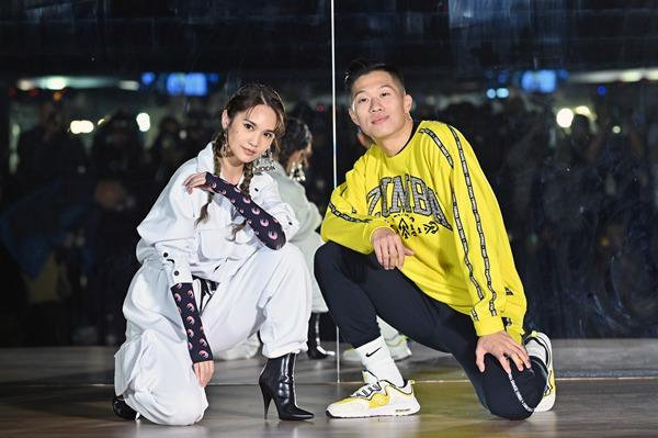 杨丞琳化身首席Zumba助教  新专辑热单《献丑》MV今日上线