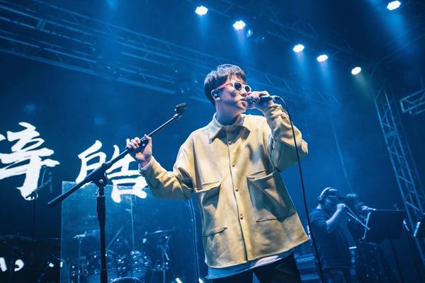 腾讯音乐人2020跨年派对火热开启  张楚太一等N世代音乐人同台嗨唱