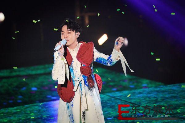 """2020年吴青峰""""太空备忘记""""巡回演唱会首航  1月3、4日杭州站连演两场一票难求"""