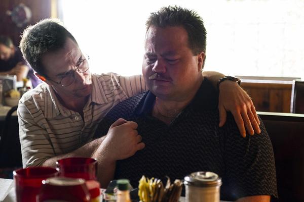 """《理查德·朱维尔的哀歌》曝""""传奇导演""""特辑及海报  还原美国悲剧慰藉世人"""