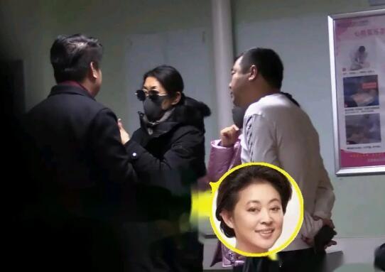 倪萍医院看赵忠祥 真挚友谊令人动容!