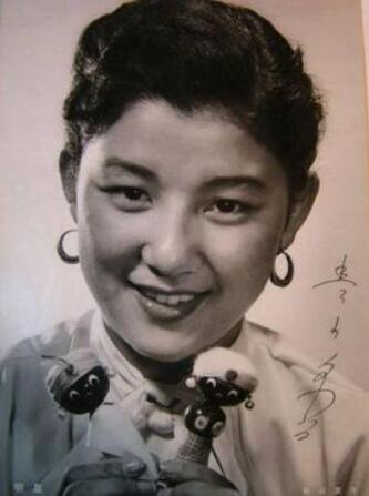日本女演员青山京子因肺癌去世 青山京子个人资料起底