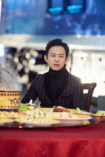 《明星大侦探5》本周五温情收官 肖战刘昊然走红毯帅不过三秒