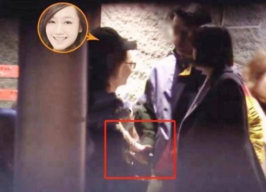 薛佳凝新恋情曝光 与神秘男子牵手共进晚餐