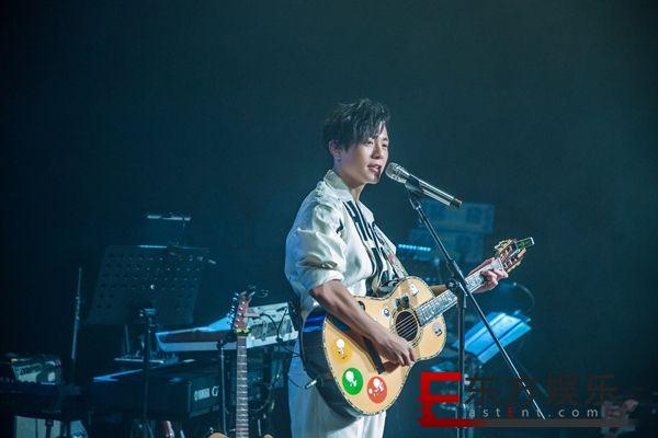 韦礼安新单曲《猫咪共和国》掀喵星人热潮 新加坡大马演唱会确定延期