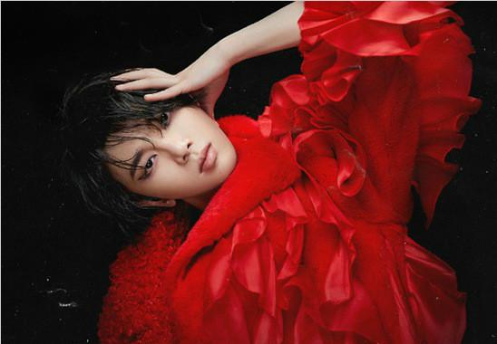 华晨宇双生单曲《神树》《降临》相继解锁 借音乐传达敬畏自然之心