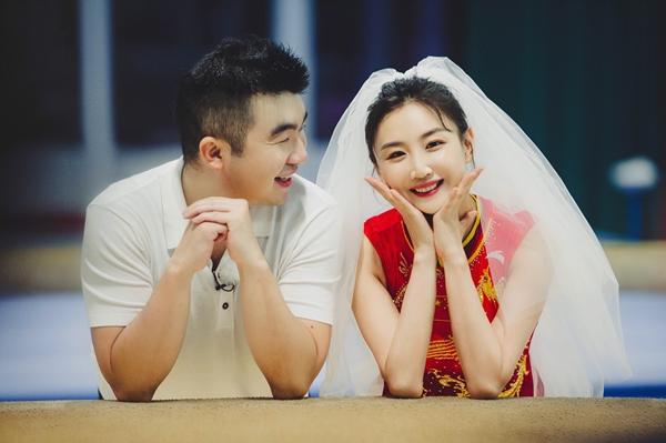 《婚前21天》何雯娜梁超奥运婚纱照曝光 刘泳希李嘉铭欲愚人节领证遭反对