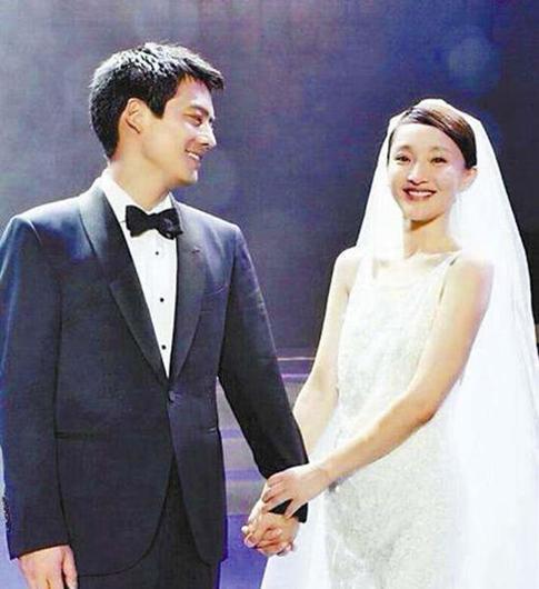 高圣远删与周迅合照 分居两年多婚再传婚变!