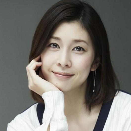日本女演员竹内结子去世 次子未满周岁死因成谜
