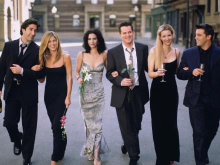 《老友记》重聚节目明年开拍 马修·派瑞亲自确认了