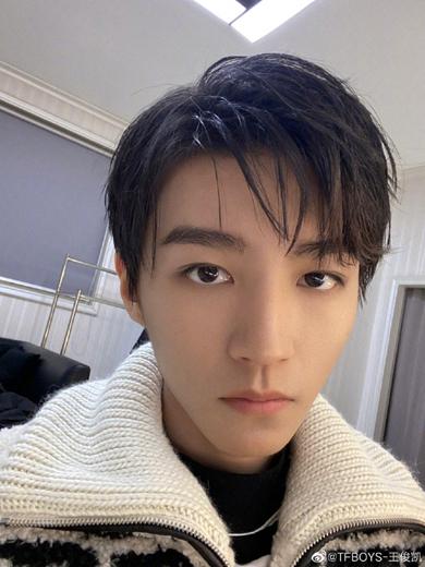 王俊凯因身体原因退出湖南跨年 彩排后突发头晕呕吐