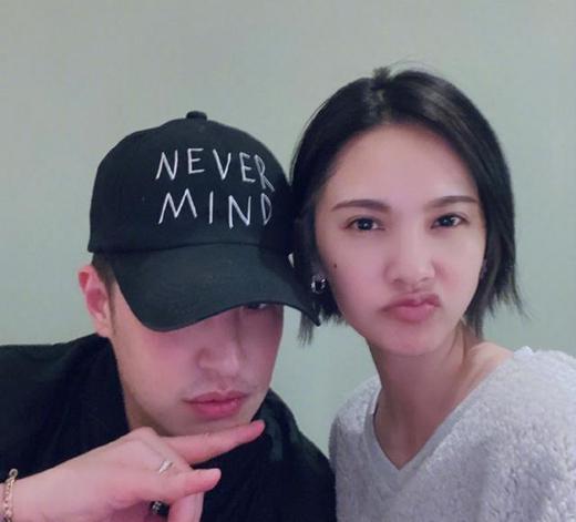 杨丞琳和潘玮柏见面了 网友:噘嘴生气想见李荣浩?!