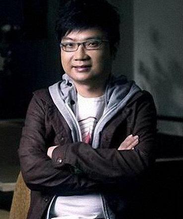 电影人程青松出柜 男友读大一年龄相差33岁!