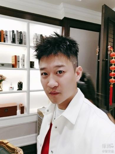 曹云金35岁生日圈内无人祝福 离开郭德纲后他还有啥?
